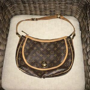 Authentic Louis Vuitton Tulum PM Hobo LV Monogram